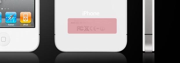 早年 iPhone 背面的监管标识,后来法规普遍允许改为电子标注(来源: Apple )